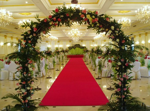 婚礼场景花艺设计形式与实例
