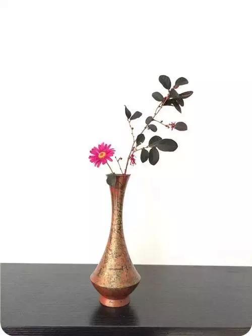 茶席生命的丰盈 茶席插花作品欣赏
