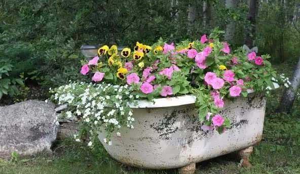 废弃家具不要扔 种花种草美翻了