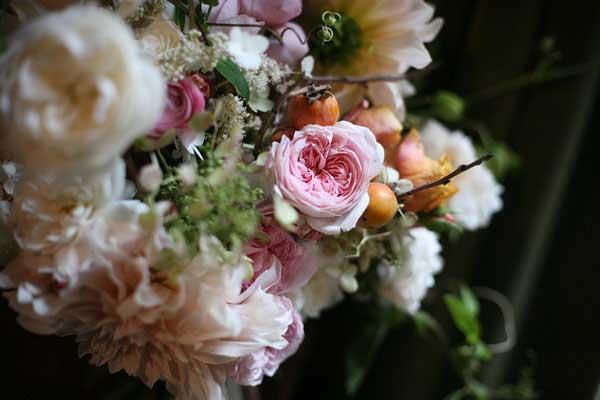 多次登录《KINFOLK》封面的花艺师作品