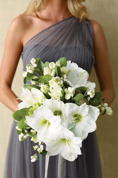 冬季新娘手捧花 喇叭花注入新鲜元素