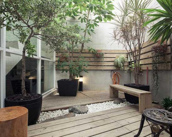 巧利用阳台空间 打造绿叶成荫芬芳迷人的角落
