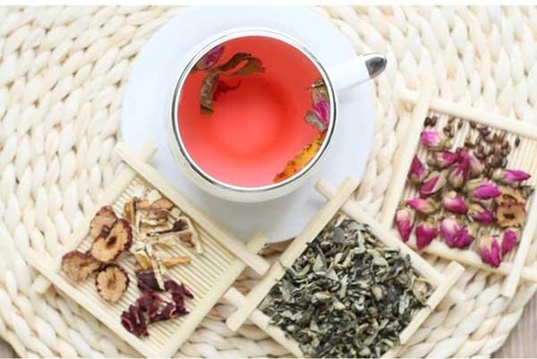 各种功效的花草茶搭配方法(配方)
